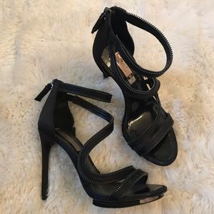 BCBG MAXAZRIA Black Satin Sandals Zipper, Size 7.